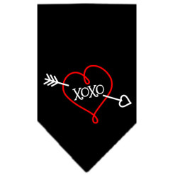 Bow and Arrow heart XOXO dog bandana black